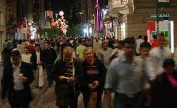 """Istanbul pickpockets: The main drag in the """"modern"""" part of Istanbul. Crowded day and night... but especially at night."""