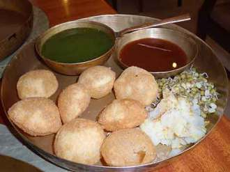 Delicious do-it-yourself panipuri at the upscale restaurant Soam, in Mumbai.
