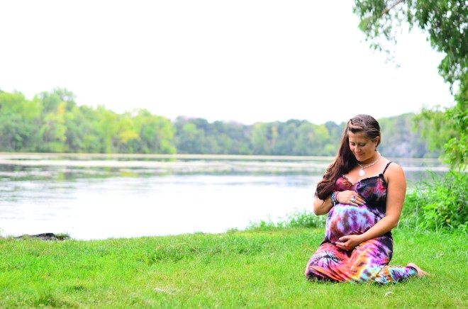 Outdoor Maternity Photo Hoch (1)