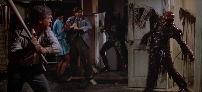 A Volta dos Mortos-Vivos (1985) (4)