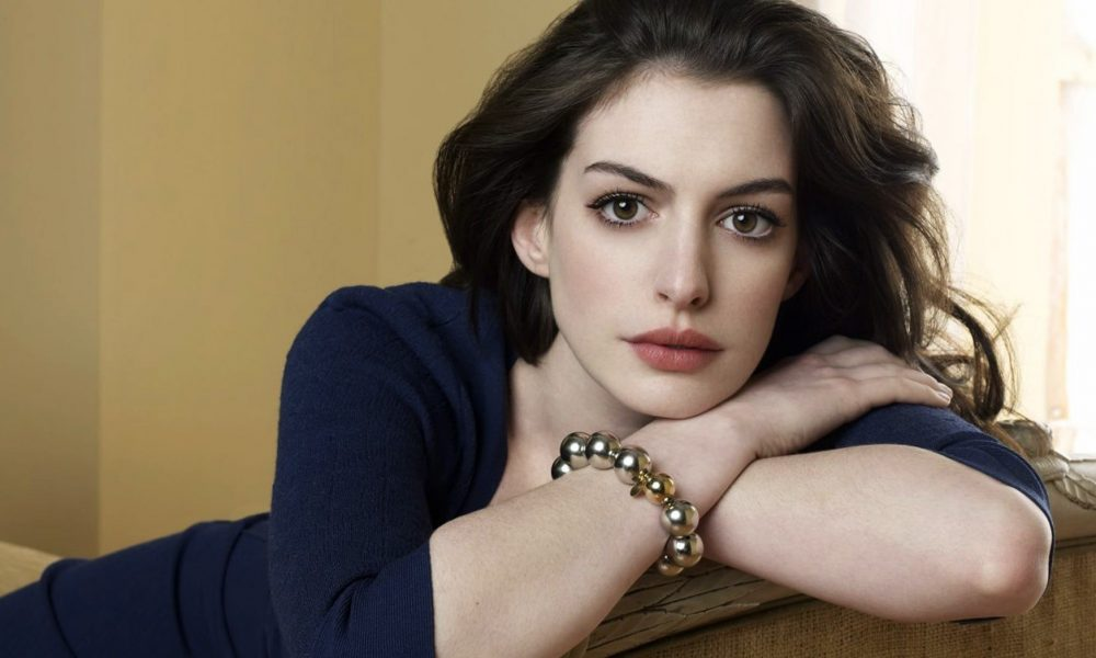 Anne Hathaway39s Body Measurements Height Weight Age