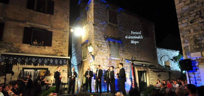 DALMATIAN KLAPA SINGING WALKING TOUR! Get into the spirit of UNESCO intangible heritage in Omis