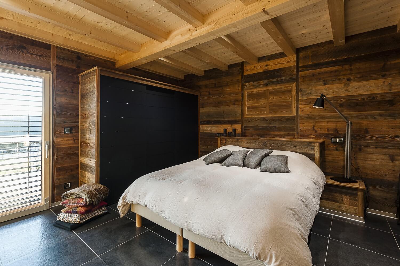 Decoration Interieur D'une Maison En Bois | Noir Grille ...