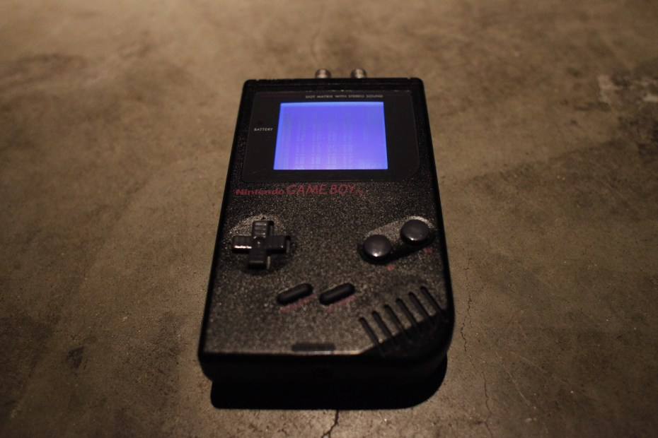 Chris AKA cTrix - LSDJ, backlit screen, Prosound with RCA output so that the cable doesn't slip out during performances.