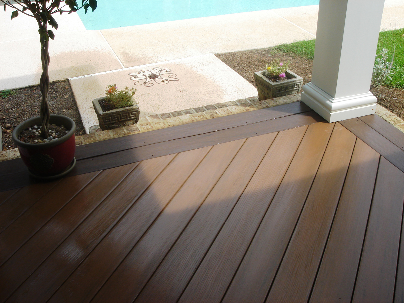 Houzz Advertising Types Of Composite And Synthetic Decking Materials For