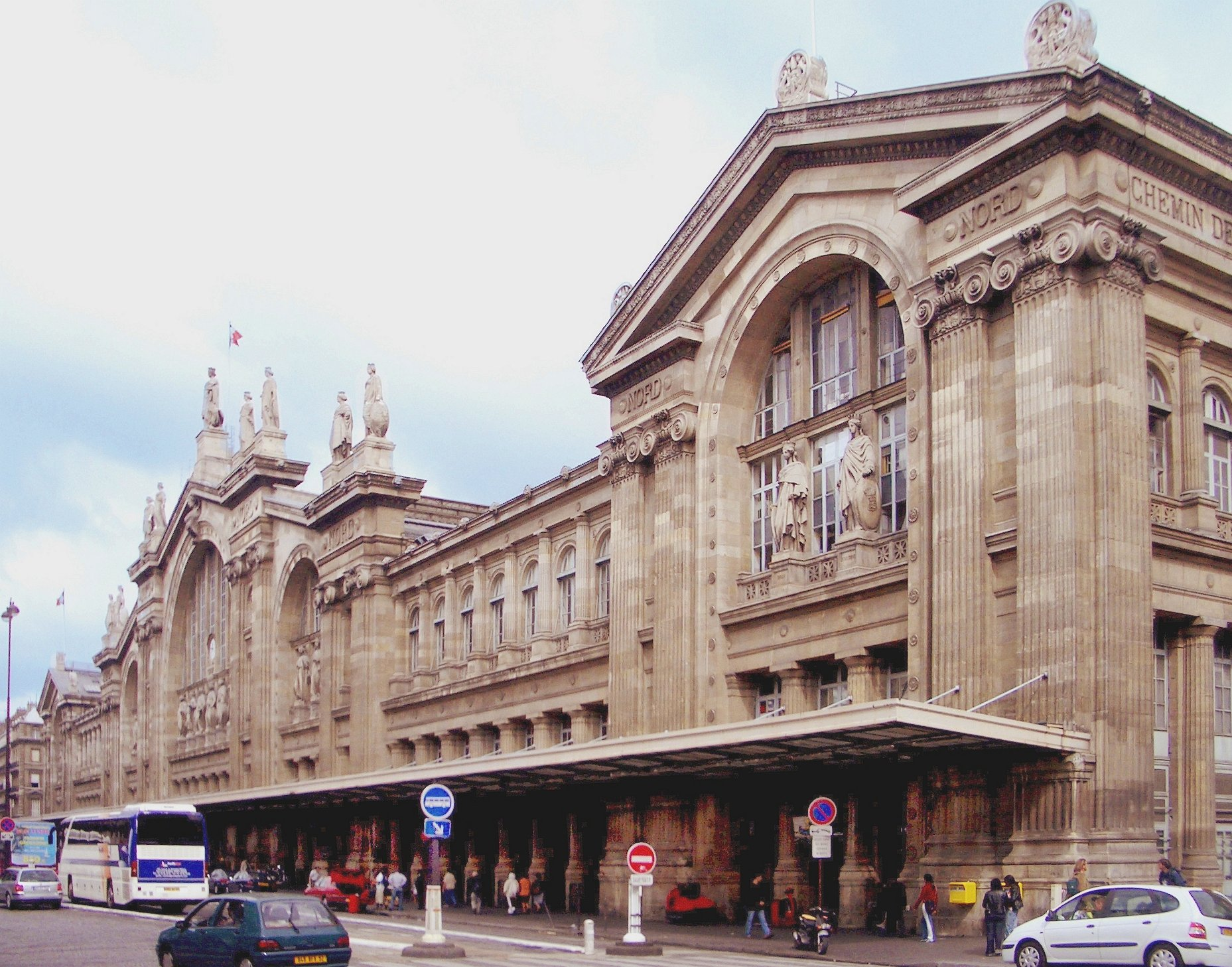 Gare De Paris Paris Gare Du Nord Train Station Bonjourlafrance Helpful