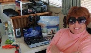 jinx-desk-on-boat-2