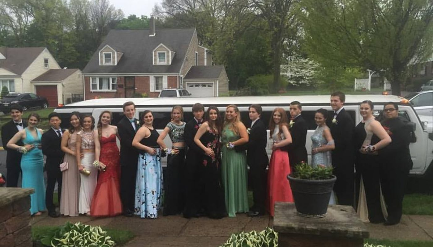Limo Prom Why You Should Book Your Teen S Prom Limo Now Ambassador Limo