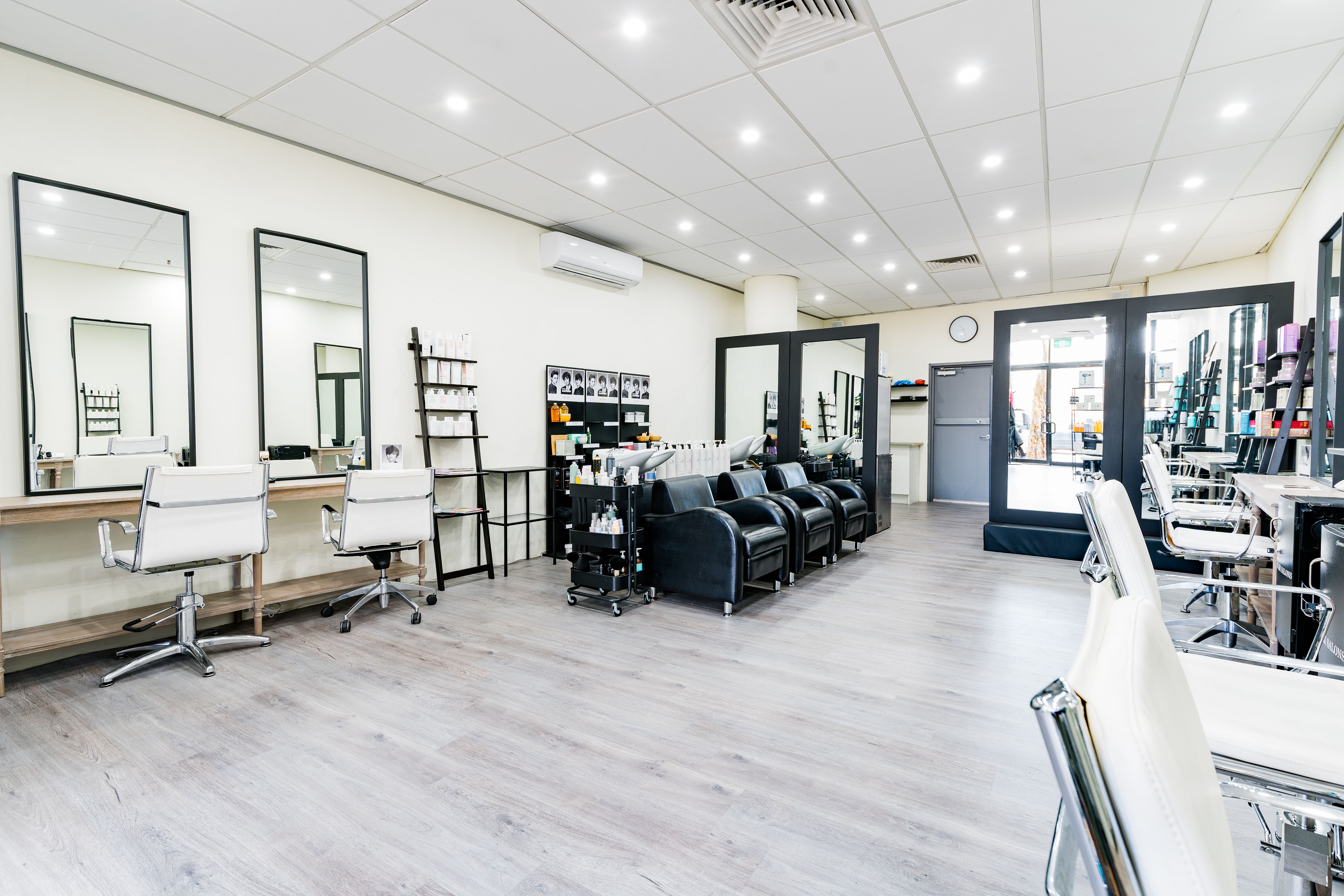 Top 20 Hair Extension Salons Bookwell