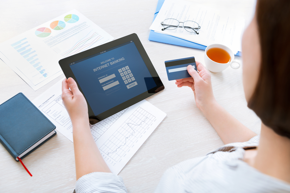 Pay Off Credit Card Immediately Or Wait For Grace Period? - how to pay off credit card