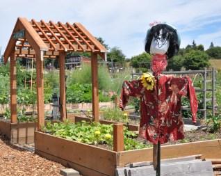 rosie-scarecrow-public-gardens