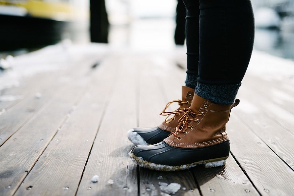 How To Get Salt Stains Out Of Leather Or Suede Boots | Boot Mood Foot