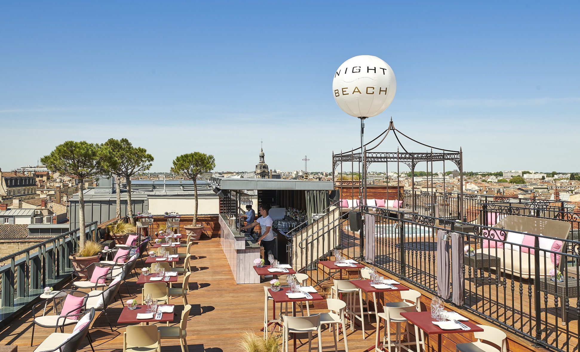Toit Terrasse Nice Restaurant Rooftop Night Beach Intercontinental Bordeaux Le Grand Hotel