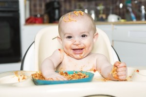 baby_eating_600x400