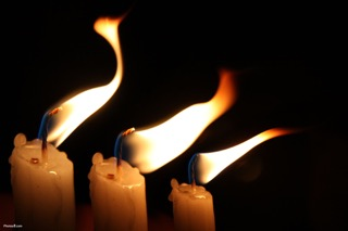 Candles_flame_