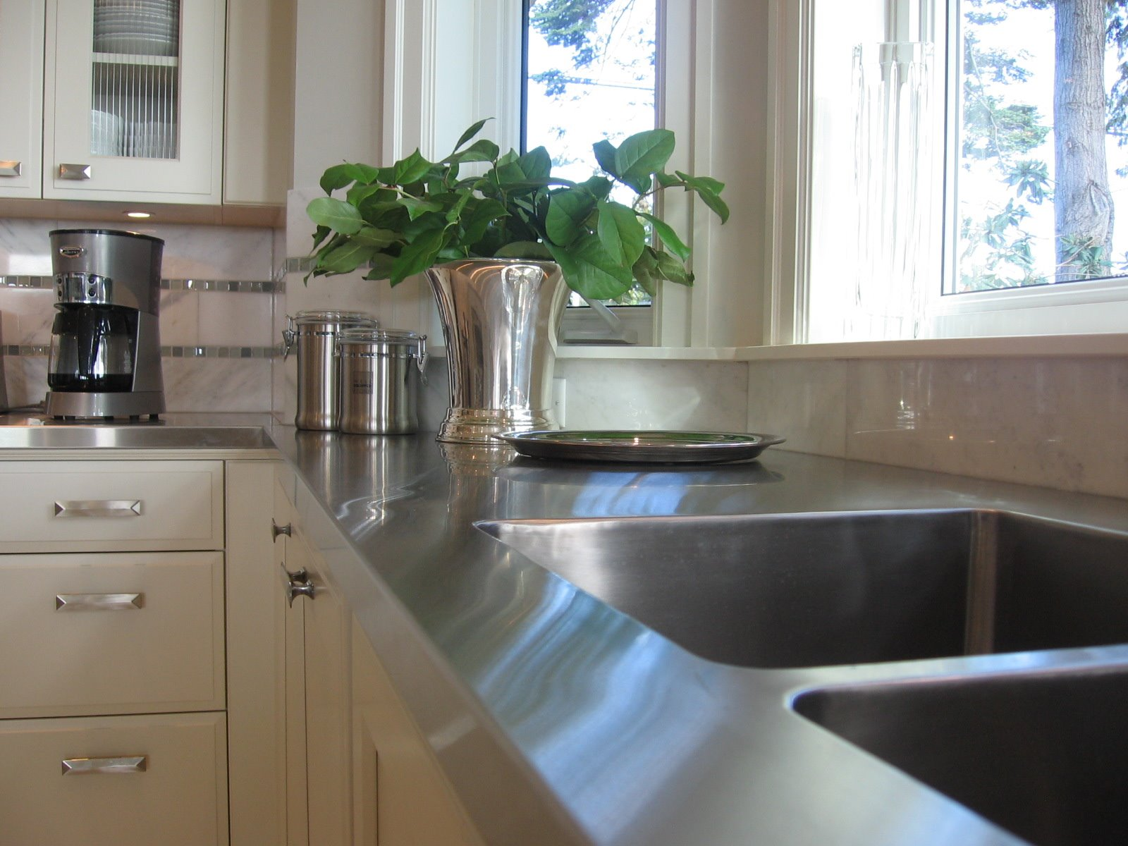 Different Countertop Surfaces 5 Different Countertop Choices You Should Consider