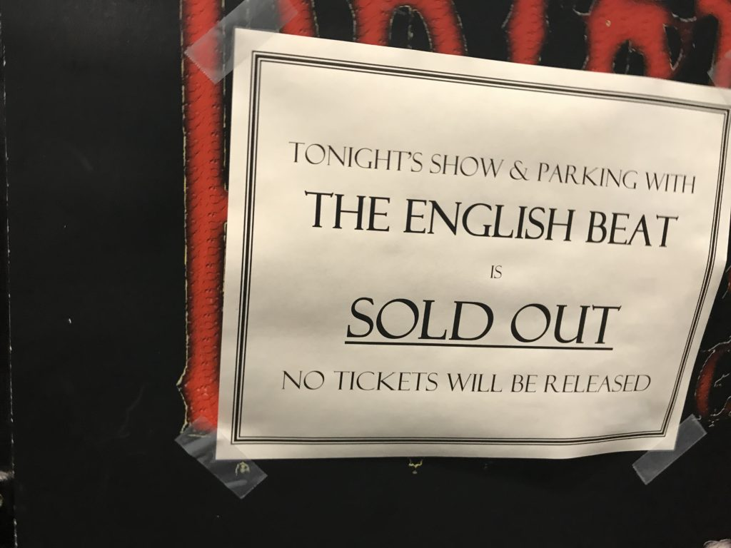 Englisch Bett Review The English Beat And Pressure Cooker At Brighton