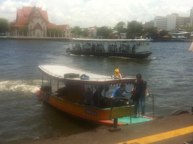 Water Taxi to Rattanakosin