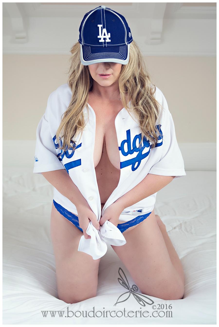 Cute Iphone Wallpapers For Girls Sexy Dodger Baseball Girls 20665 Loadtve