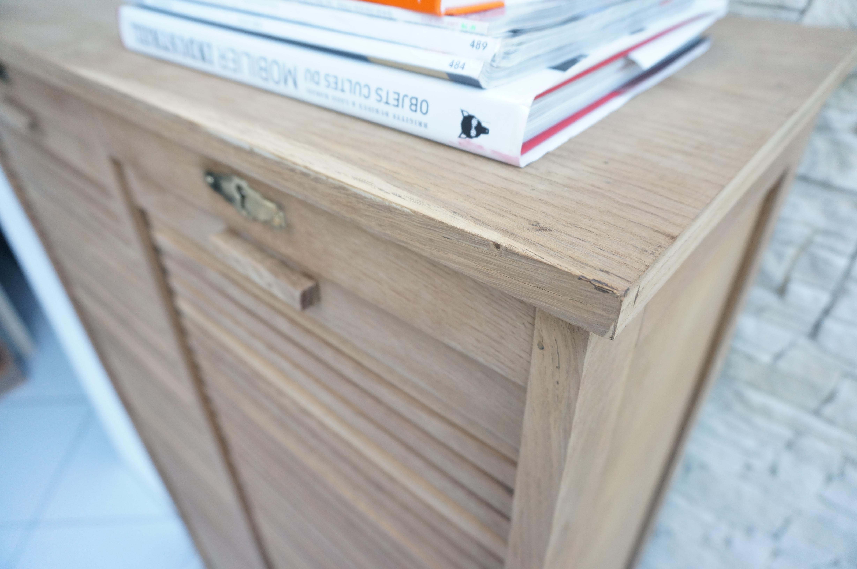 Peindre un meuble en bois vernis - Nettoyer un meuble vernis au tampon ...