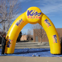 Kiss 951 FM Inflatable Archway