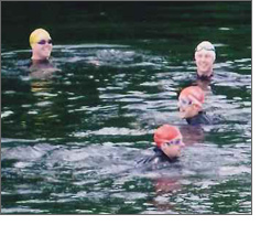 swimmers-water_07