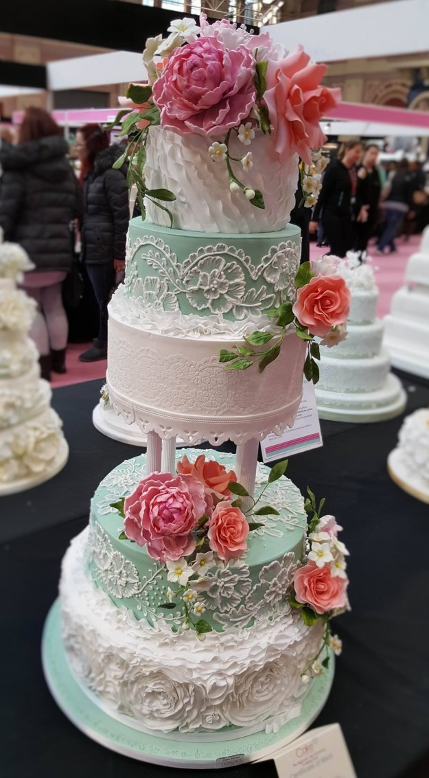 Wedding Cake Inspiration - Coral and Mint