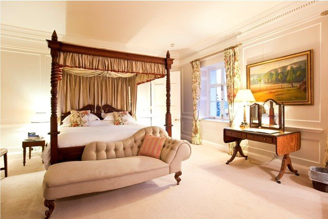Great ideas for themed activity weekends boutique for Luxury boutique bed and breakfast