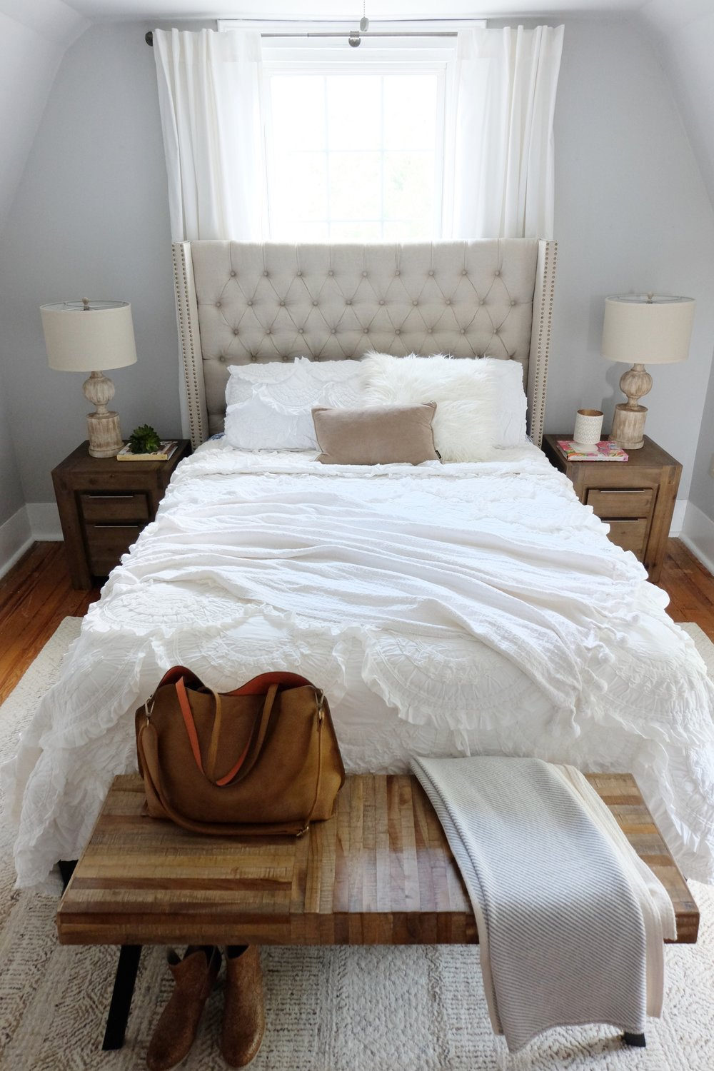 Structube Beds Guest Room Reveal Our Vintage Farmhouse Structube Our