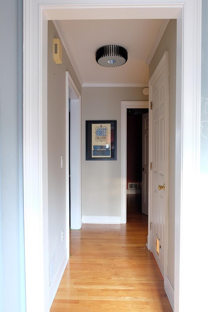 hallwaylight01s