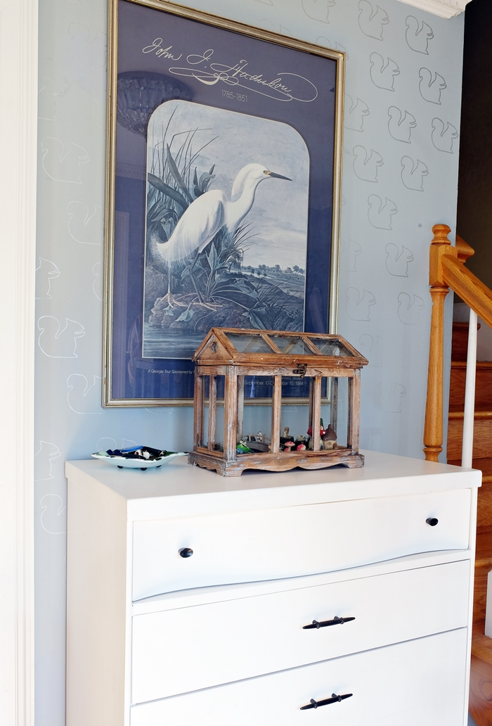 Boxy Colonial Spring Home Tour--Audubon print in foyer