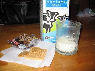 yogurt+and+tea+023 Monday