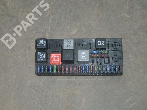 Fuse Box AUDI 80 Avant (8C5, B4) 26 B-Parts