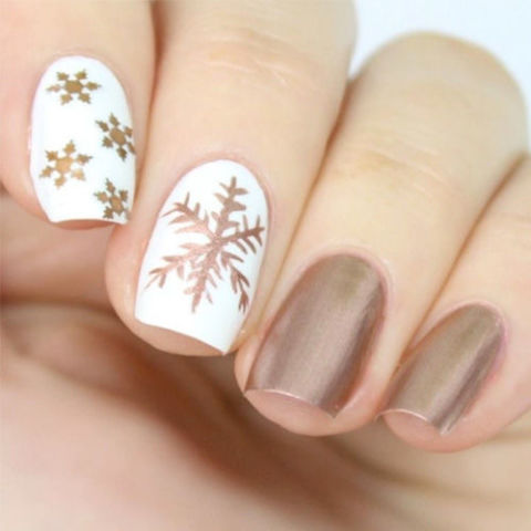 9 Best Holiday Nail Art Designs For 2018 Festive