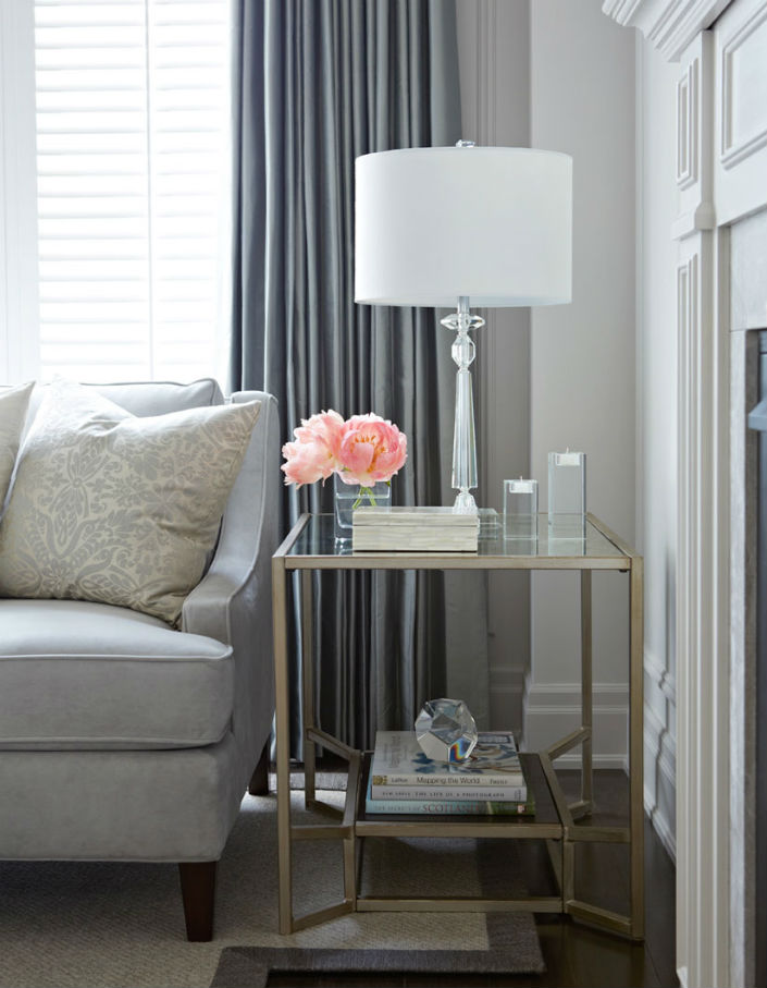 Glass Side Table Will Set Modern Living Room 2015 Trends - side tables for living rooms