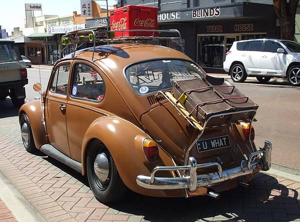 Volkswagen Beetle Deluxe All Options