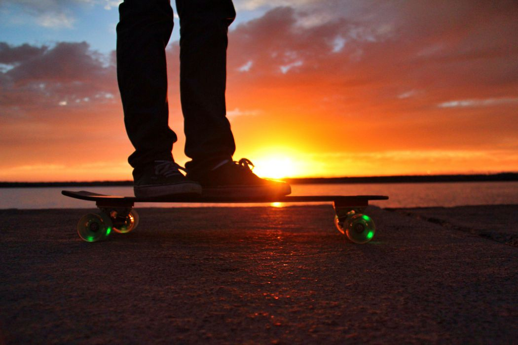 Girl Skate Wallpaper Sunset Skateboards Laps The Competition With Led Wheels