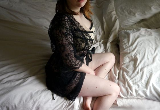 Ewa Michalak S Gazeta 60L and Lovehoney Flaunt Me Robe
