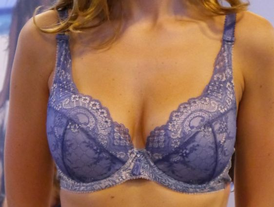 Charnos Bailey Padded Plunge Blue Close-up