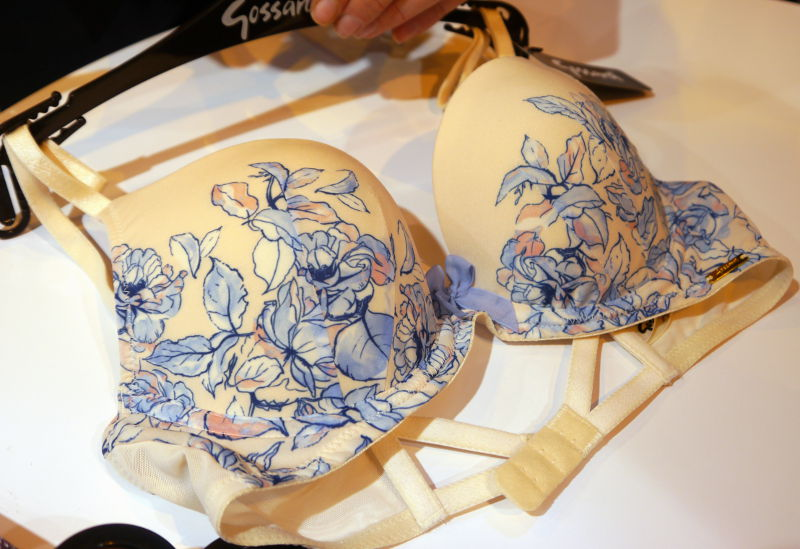 Gossard China Blue Padded Plunge Bra in Floral Print(Gossard AW16)