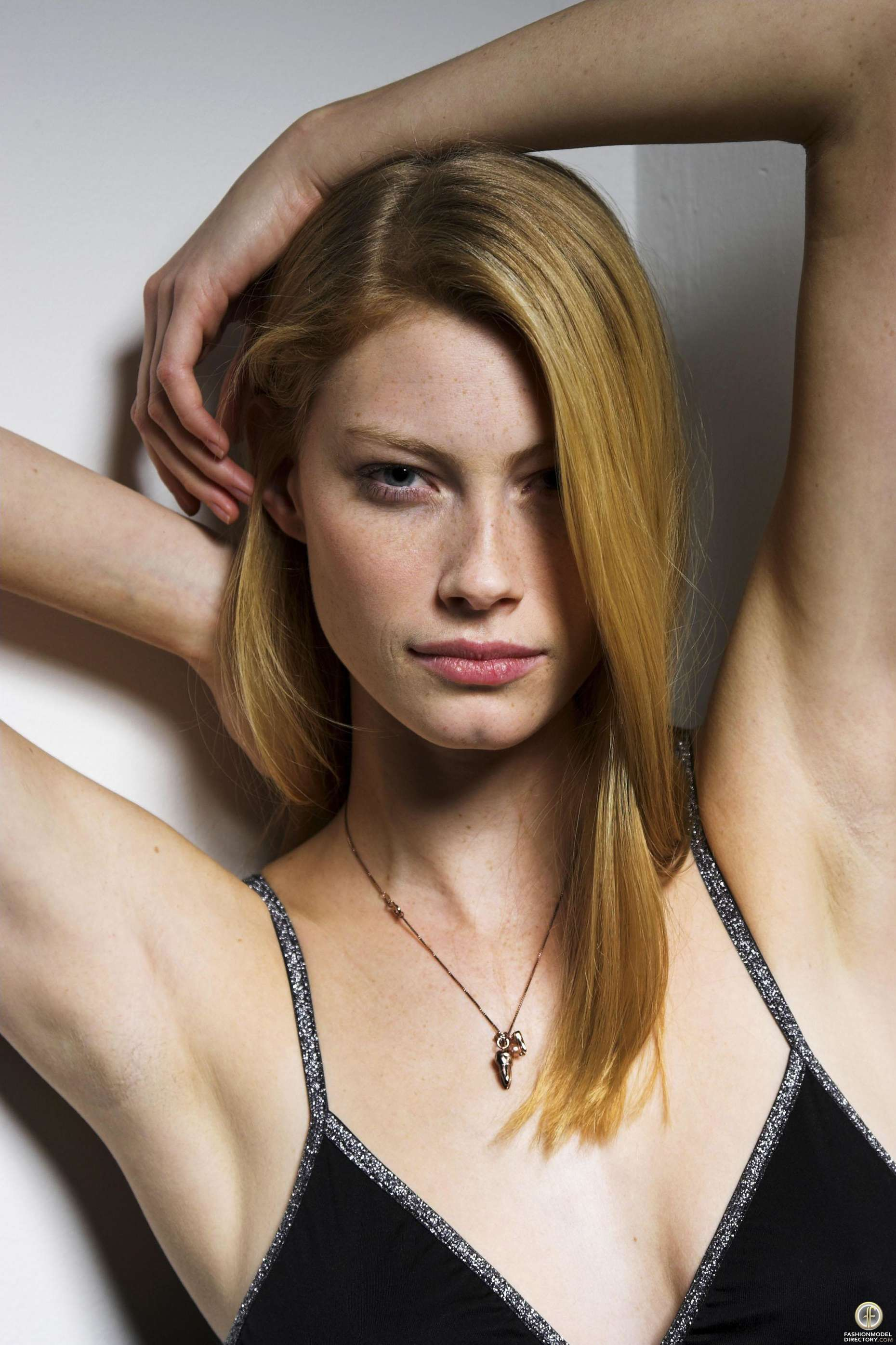 Australian Cup Measurement Alyssa Sutherland Bra Size And Body Measurements