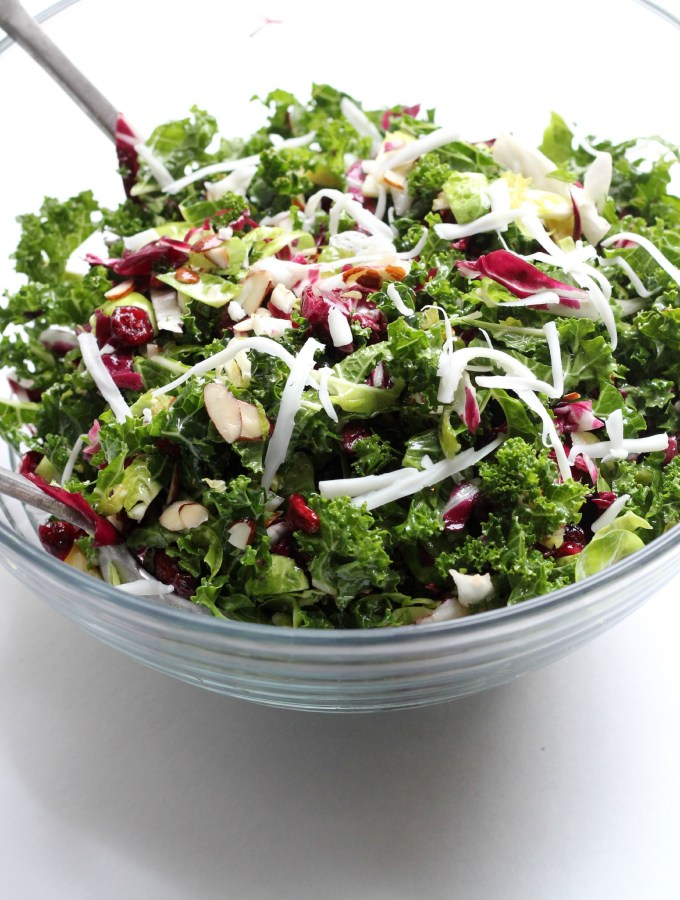 Paleo Super Green Salad with cranberries is AMAZING and perfect for food prep!