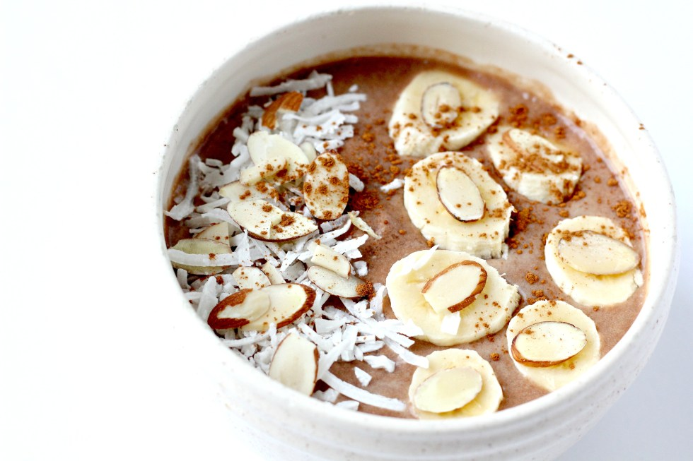 A Paleo Smoothie Bowl for an afternoon treat or dessert!