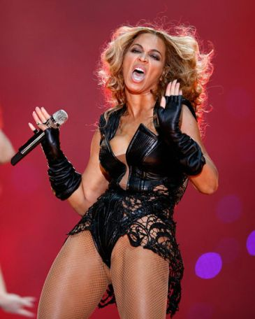 beyonce raunchy super bowl