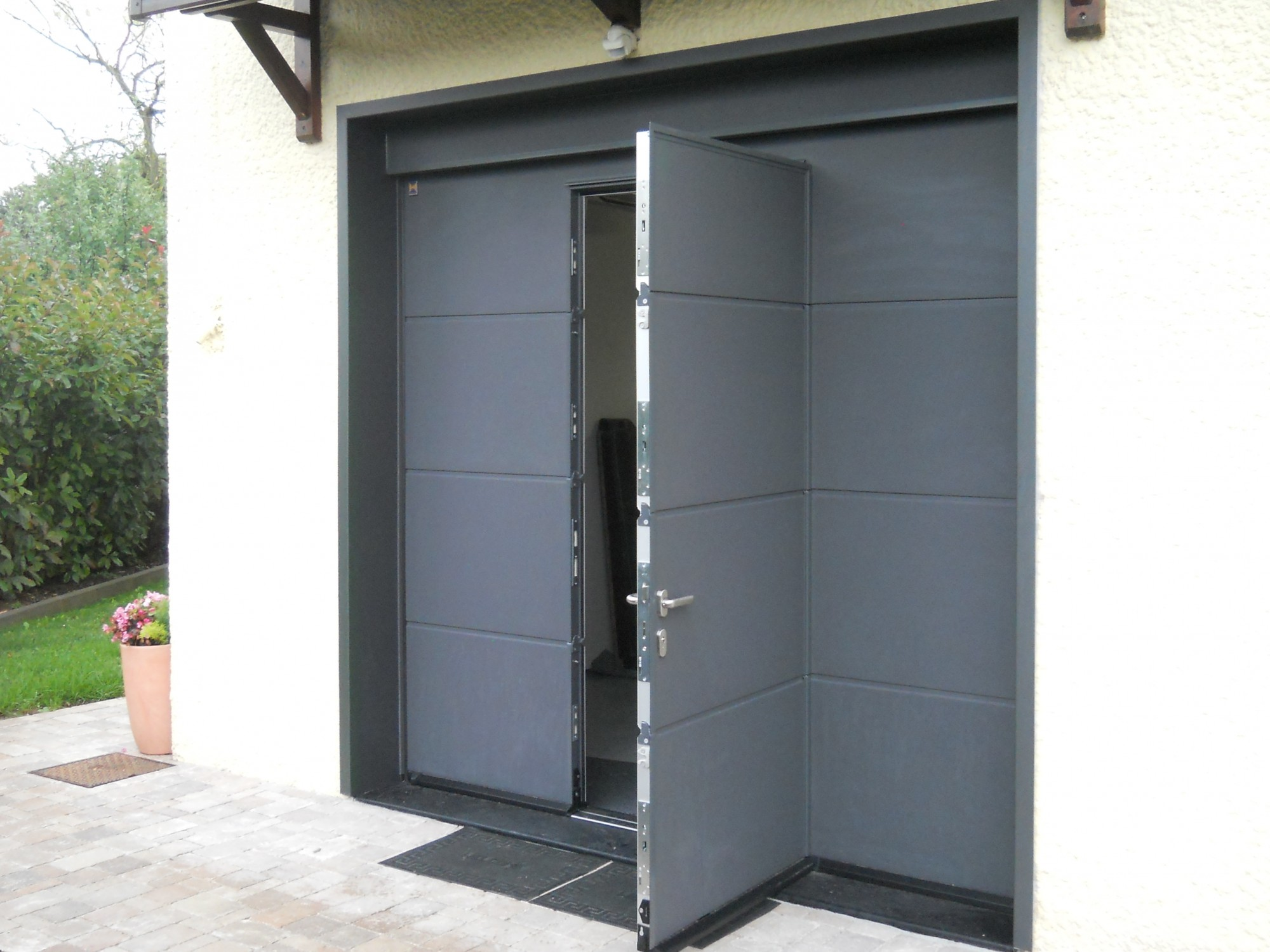 Isolation Exterieur Garage Porte De Garage Sectionnelle Sur Mesure Hormann