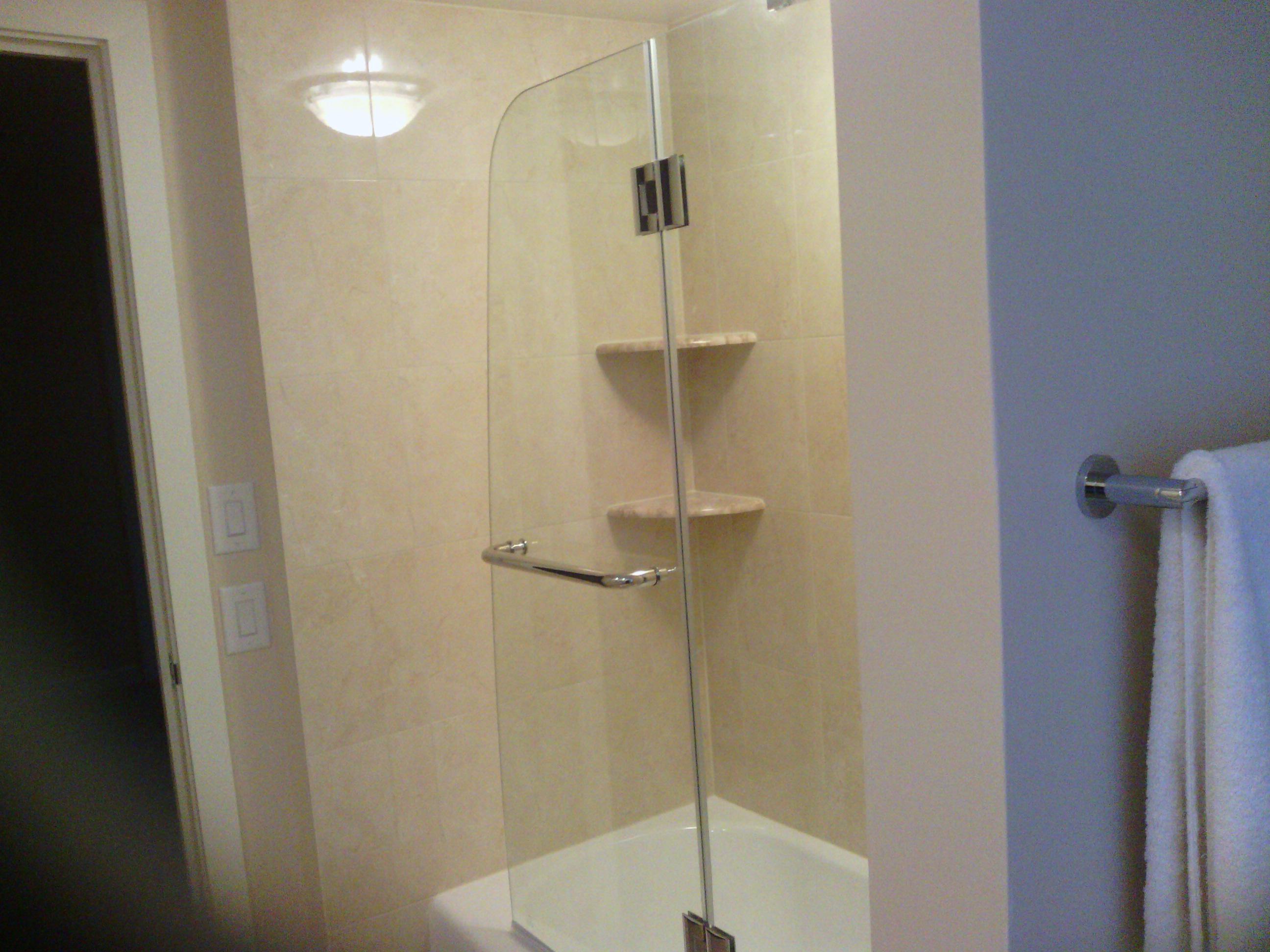 Bathroom remodeling gallery brewer contracting for Bath remodel kenosha