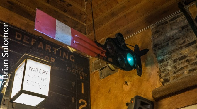 Tracking the Light Extra: Unusual Semaphore in an Unexpected Place