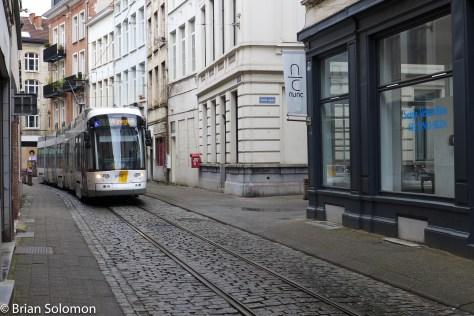 Lijn_Antwerp_P1450622