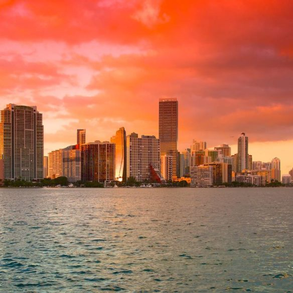 guide to buy a home in Miami