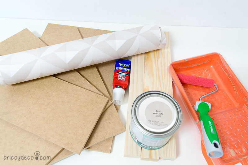 materiales para hacer una mesa auxiliar DIY
